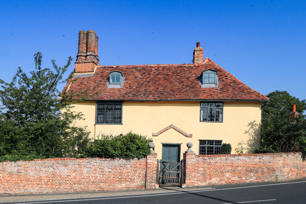 Period property painted in breathable Earthborn Silicate Masonry Paint