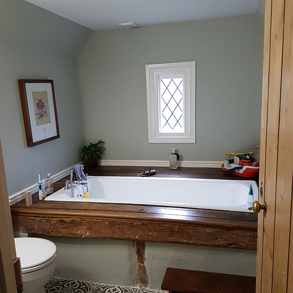 bathroom in eco-paints
