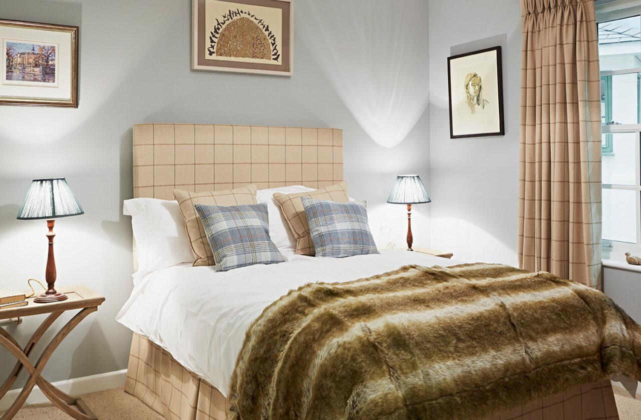 Bedroom ft. Nellie