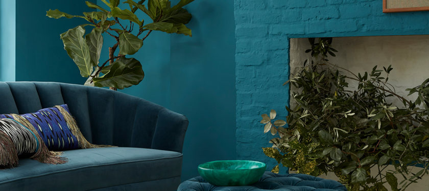 Living Room ft. walls in Bobble Hat