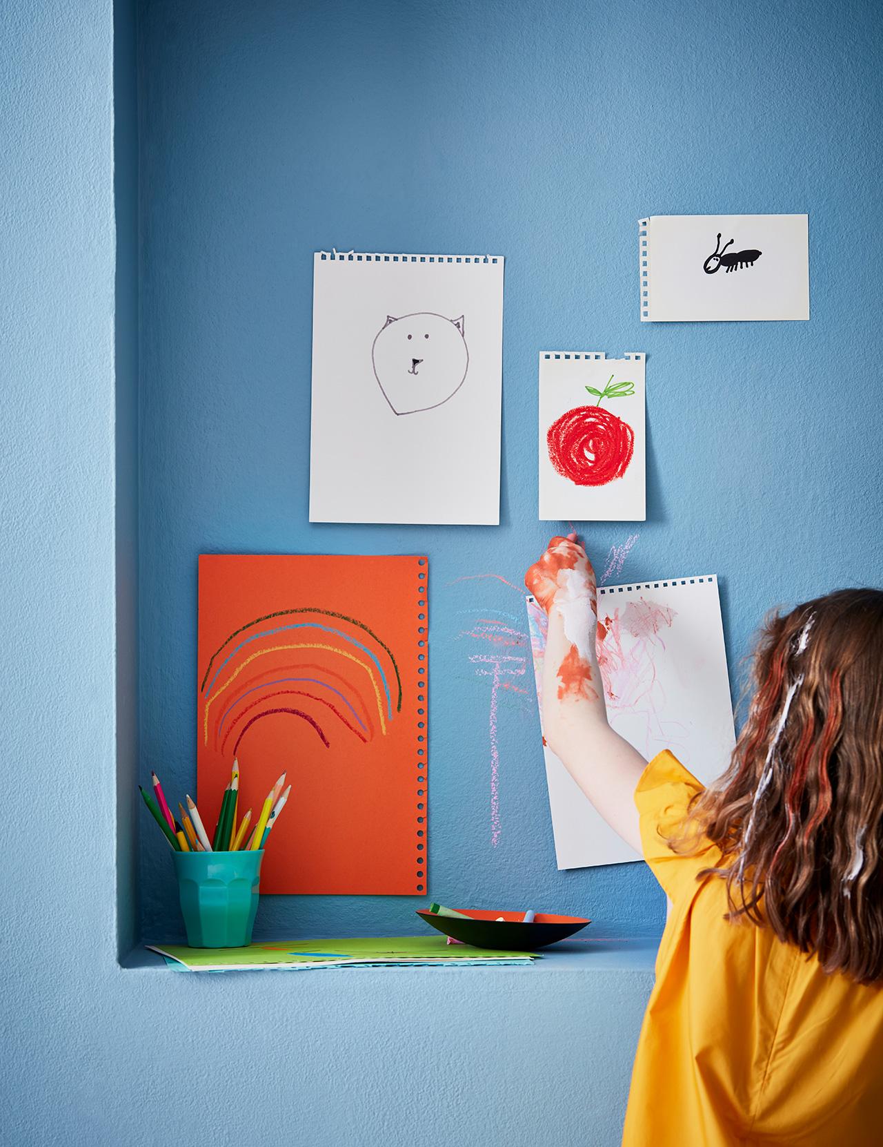Nursery .ft wall in Polka Dot