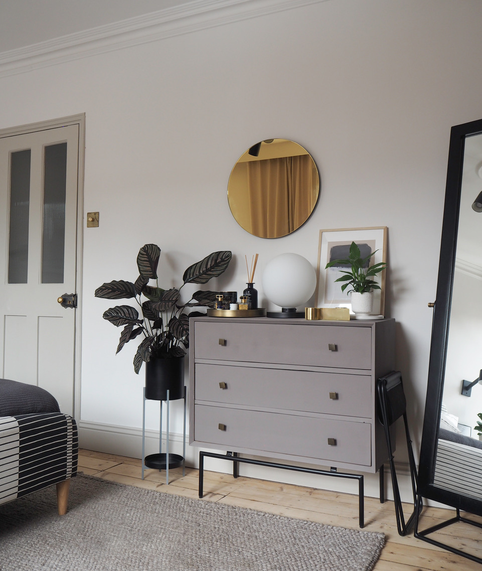 Earthborn Claymate Luke's upcycled chest of drawers is modern and stylish