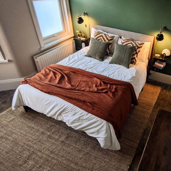 This beautiful bedroom shared by @the.cheshires featuring a gorgeous dose of deep green Hobby Wood